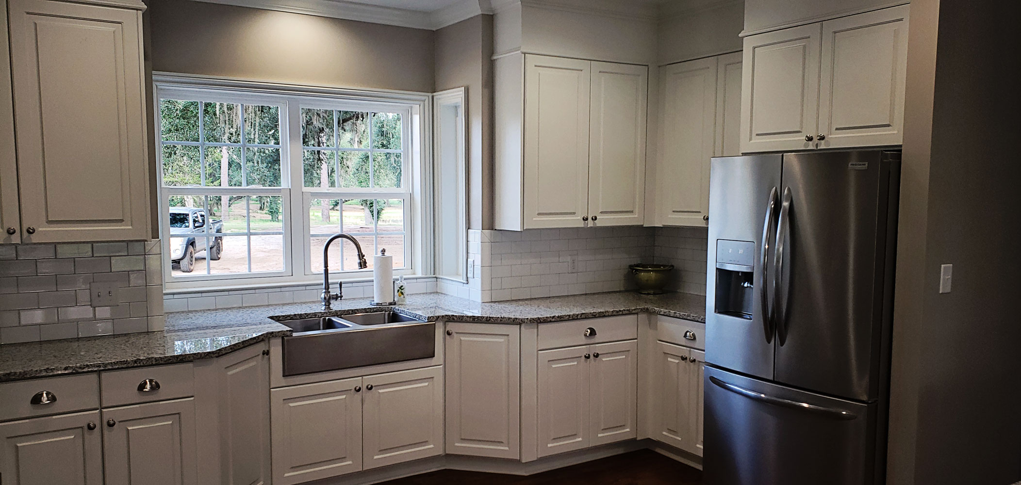 RESIDENTIAL CUSTOM CABINETS